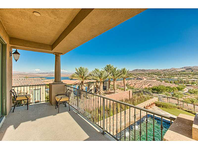 lake=las-vegas-luxury-home-balcony-view-southshore