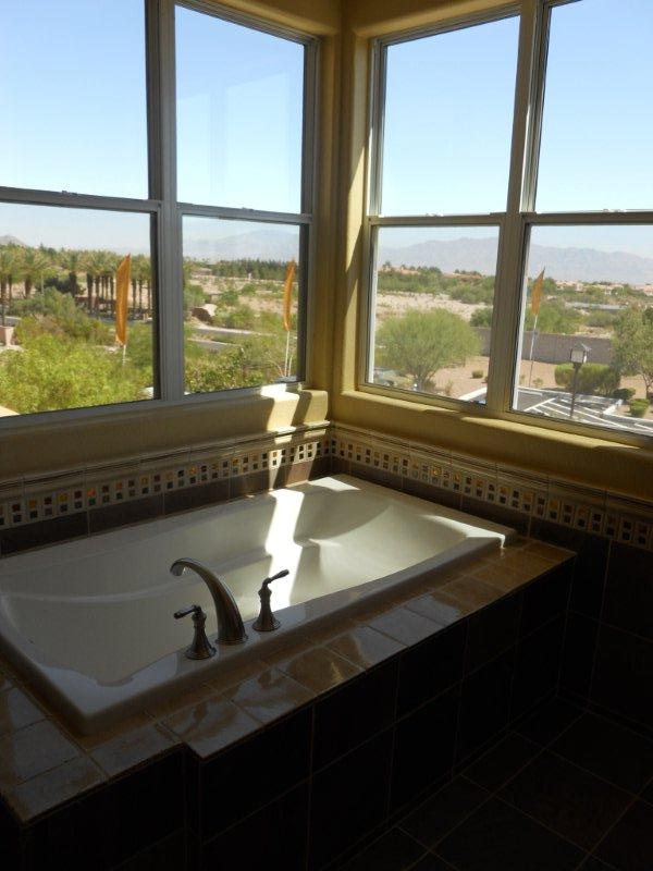 mira-villa-condo-bath-summerlin