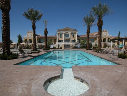 Lake-Las-Vegas-Pool-at_V